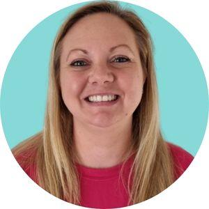 Jasmin swimming teacher Salisbury